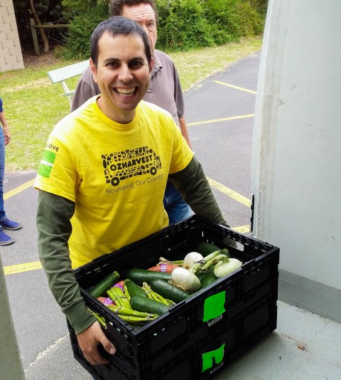 Michael volunteers for OzHarvest 2018 - Post-3